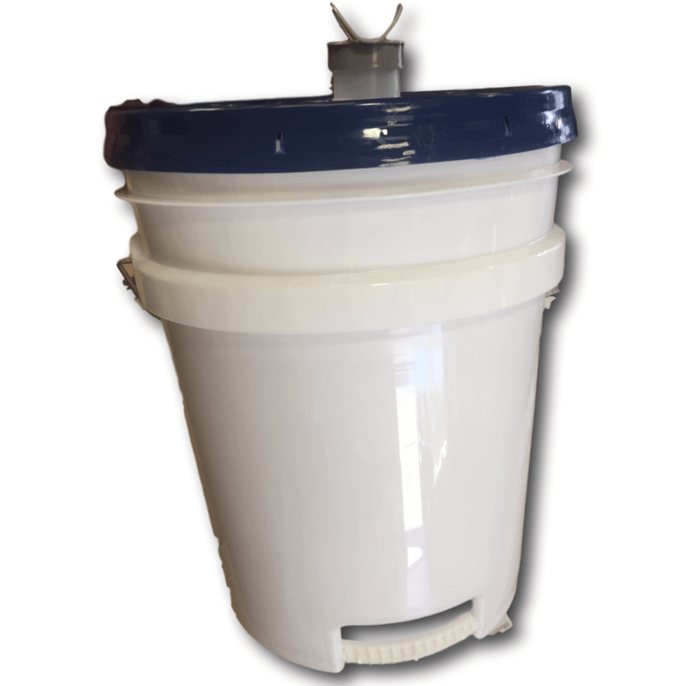 5gallpail-whitebgnd-clipped-2-1-.png